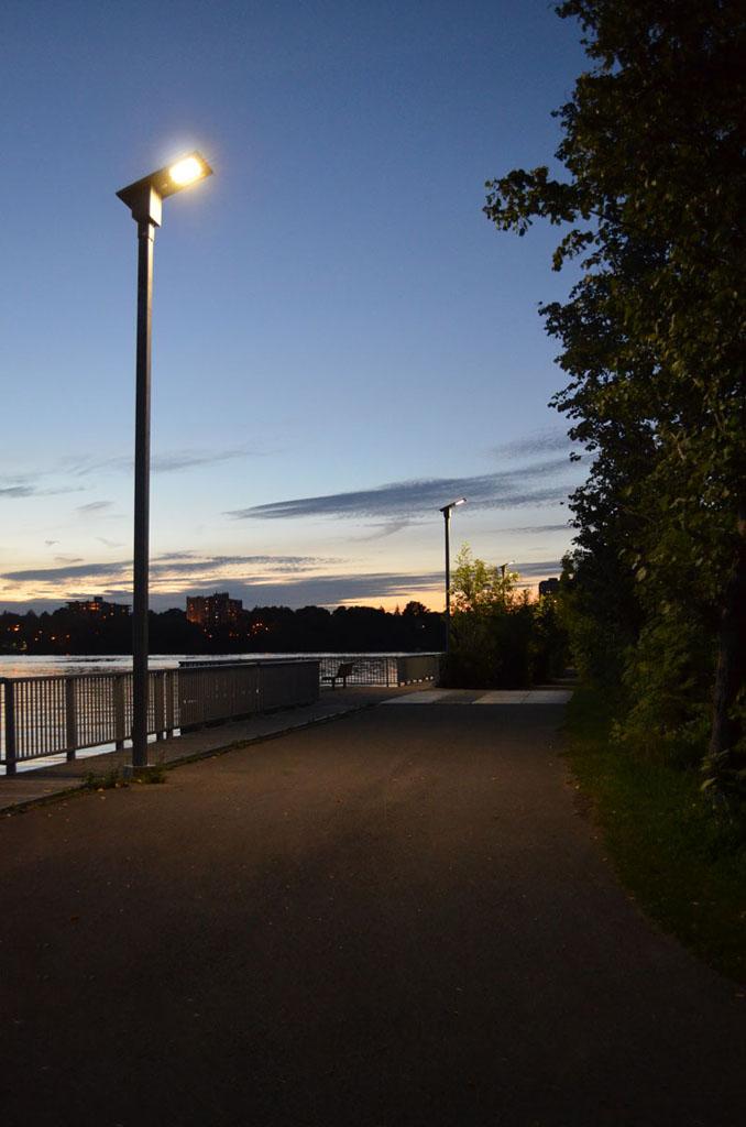 Luminaire-Solaire-DEL-Hydro-Quebec-01